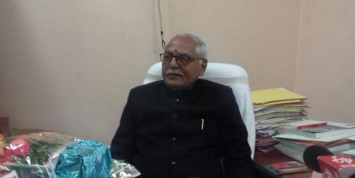 JPU: कुलपति ने पदभार किया ग्रहण, कहा-तीन महीने के अन्दर सुधरेंगी व्यवस्थाएं