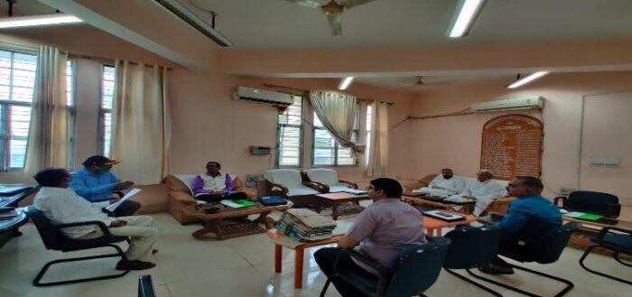 जेपीयू के सफाई कर्मी, दैनिक वेतन कर्मी के वेतन में होगी बढ़ोतरी, वित्त समिति से पास