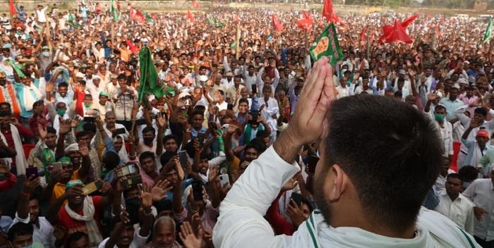 9 तारीख को लालू यादव बाहर आएंगे और अगले दिन नीतीश कुमार की विदाई होगी: तेजस्वी यादव
