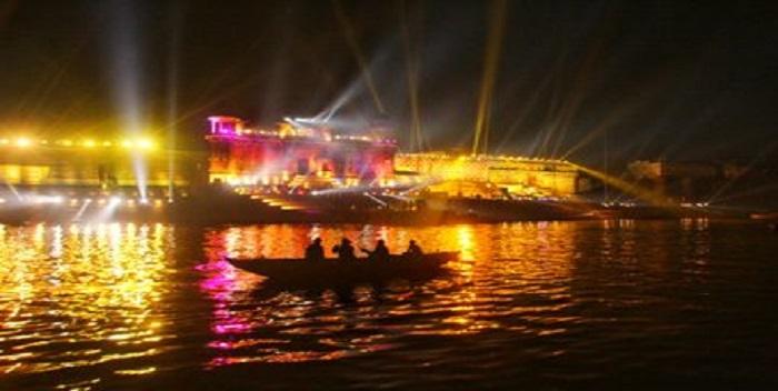 वाराणसी में देव दीपावली पर कार्यक्रम का हुआ आयोजन, PM मोदी हुए शामिल