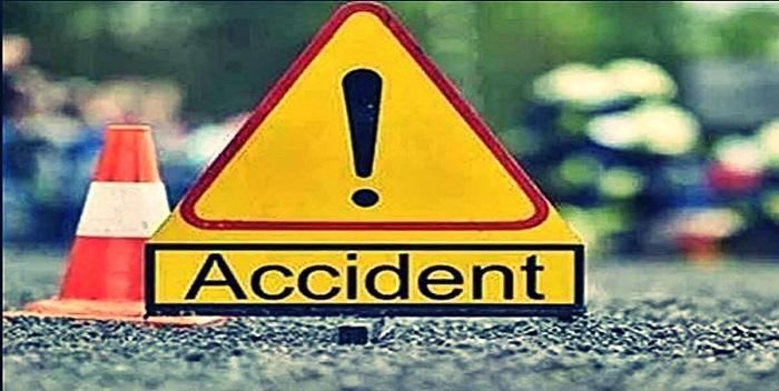 छपरा: अनियंत्रित ट्रक ने साइकिल सवार किशोर को रौंदा, ग्रामीणों ने किया सड़क जाम
