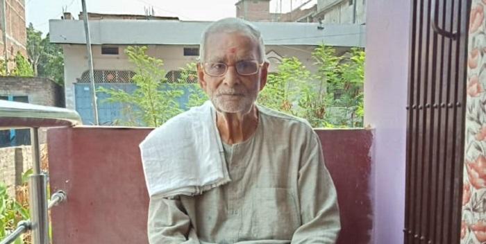 नहीं रहे संस्कृत के शिक्षक पंडित बृजनंदन मिश्रा
