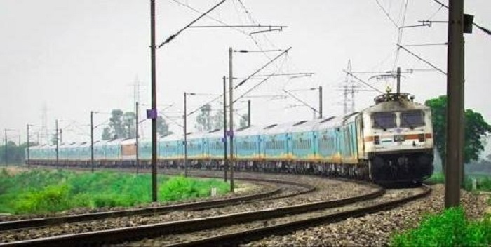 छपरा से लखनऊ और फर्रुखाबाद के लिए चलेगी विशेष ट्रेन