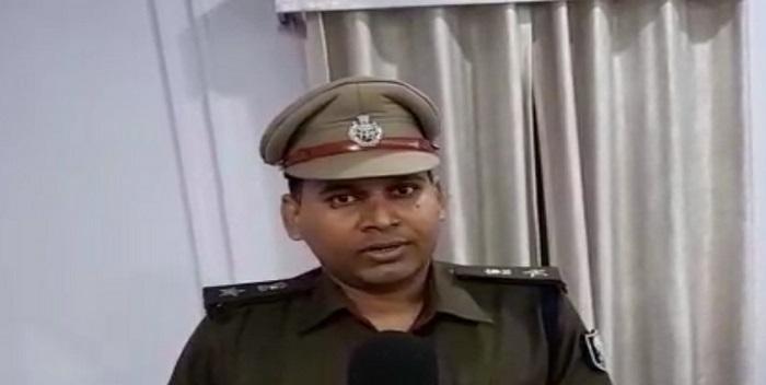 11 शराब कारोबारी के साथ कुल 22 अभियुक्तों को पुलिस ने किया गिरफ्तार