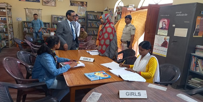 जयप्रकाश विश्वविद्यालय के कुलपति ने राम कृष्ण मिशन आश्रम  का किया दौरा