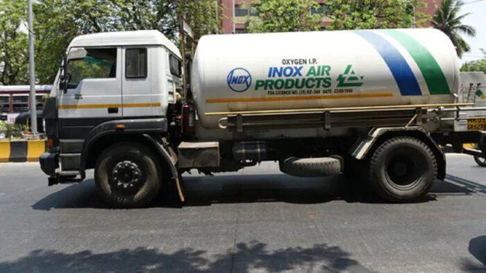 गृह मंत्रालय ने ऑक्सीजन ले जा रहे वाहनों को नहीं रोकने का दिया आदेश